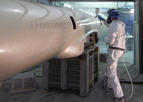 perudo-manufacturing-spraypainting-2